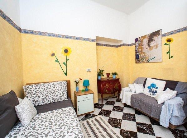 Casa Carlotta Genova 2
